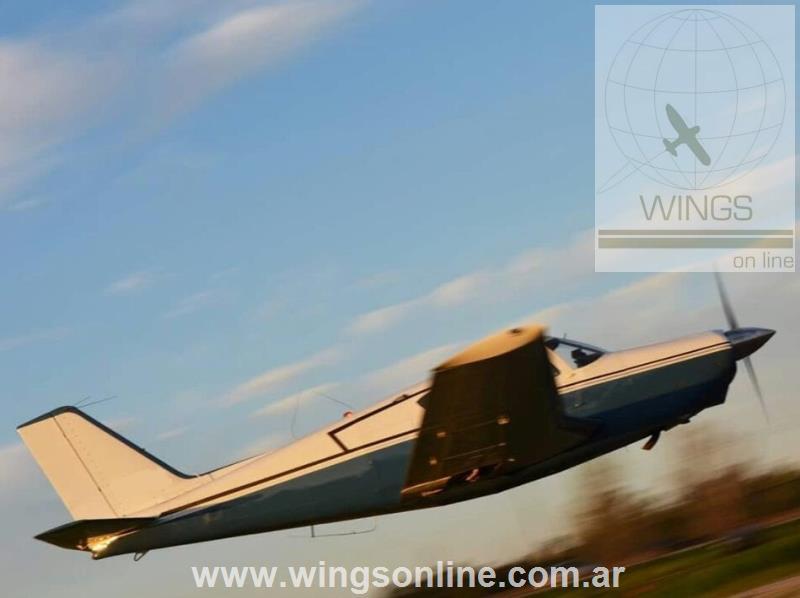 Piper PA-24 de 180 HP Comanche