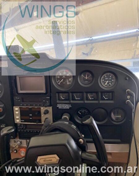Cessna 172 180 HP en EEUU